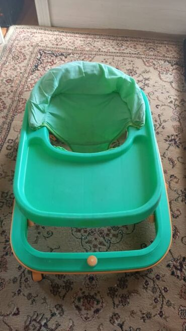 ходунки рыбки в Кыргызстан: Продаю ходули, ходунки очень хорошие. Простые модные ходунки. Качество