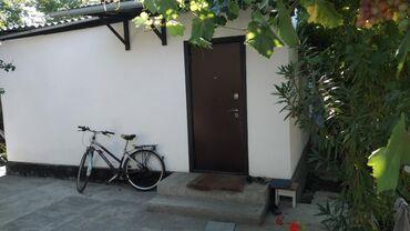 Продам Дом 1 кв. м, 8 комнат