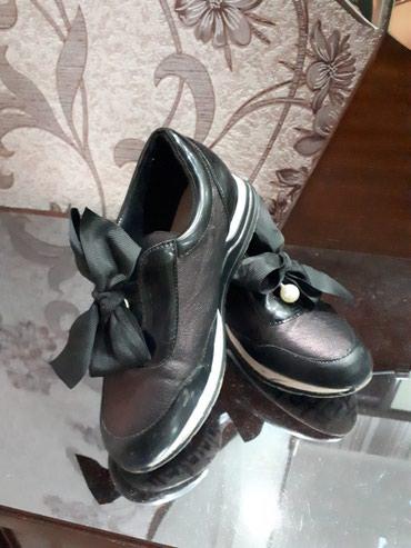 Продаю детские туфли размер 33 в Бишкек