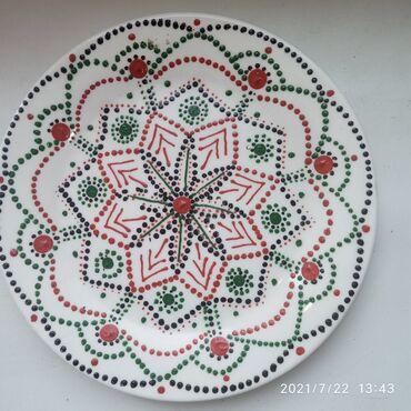 4300 объявлений: Тарелка с росписью ручной работы может украсить ваш декор