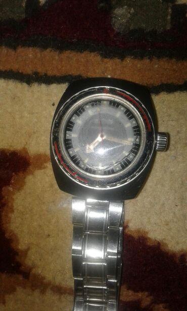 Антикварные часы в Кыргызстан: Продаю наручные часы восток командирский амфибия водонероницаемые