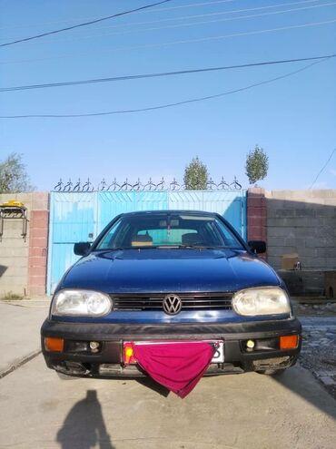 Volkswagen - Бишкек: Volkswagen Golf 1.6 л. 1993 | 999999999 км