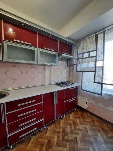 квартиры бишкек купить in Кыргызстан   АВТОЗАПЧАСТИ: Индивидуалка, 3 комнаты, 68 кв. м