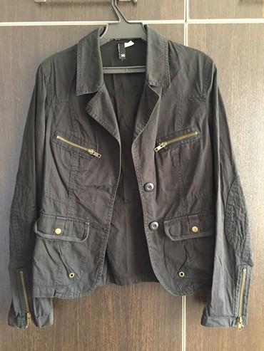 """фирмы h в Кыргызстан: Продаю легкую куртку-ветровку, фирмы """"h&m"""", 250"""