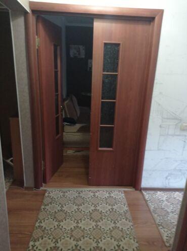 квартира одна комната in Кыргызстан   ПРОДАЖА КВАРТИР: 105 серия, 3 комнаты, 70 кв. м Видеонаблюдение, С мебелью, Кондиционер