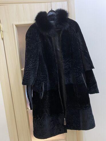 слип без рукавов в Кыргызстан: Продаю шубу натуральную (астраган) с кожаной отделкой. Состояние