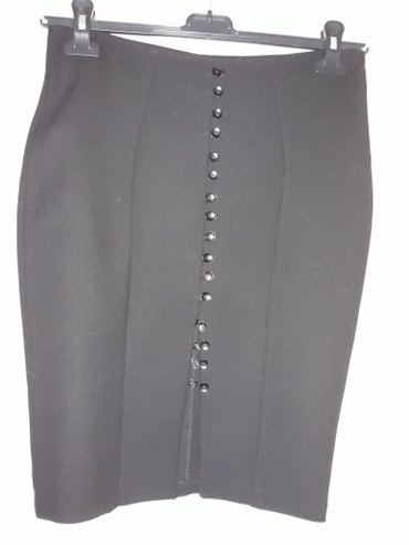 Suknja-hm-pamuk-elastin-cm-struk - Srbija: Interesantna crna uska suknja,sa slicem napred,duz 55 cm,struk 38 cm