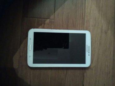 Bakı şəhərində Samsung galaxy tab 3 ag reng cati var ama isleyir iki eded kabra ustun