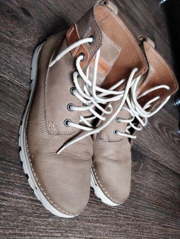 купить женскую обувь недорого в Кыргызстан: Продаю Чешскую обувь (осень весна) Состояние хорошееКожаРазмер