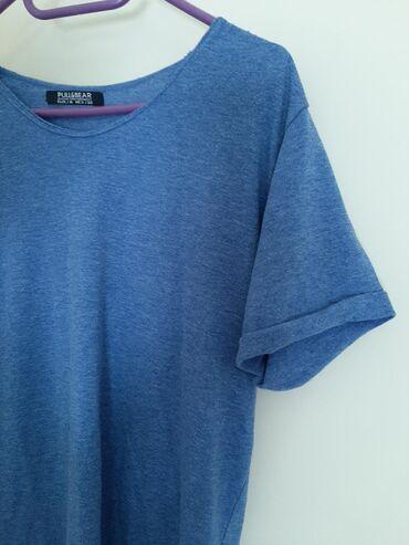 PULL & BEAR vel M. Zenska majica. Kvalitetna