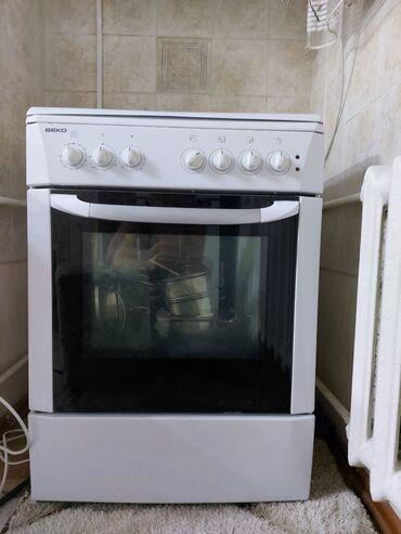 Продаю электрическую плиту (рабочая)