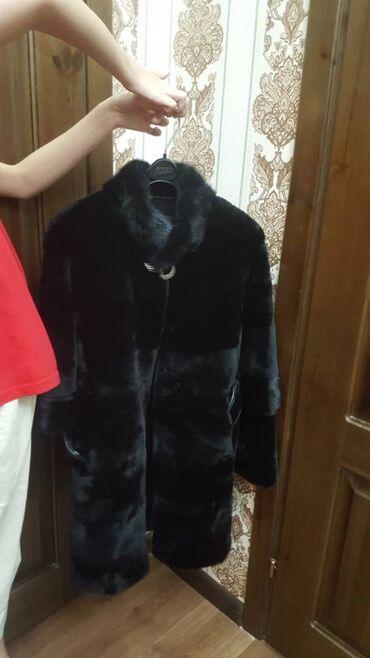 Личные вещи - Баетов: Продаю шубу мутон+норка, одета пару раз, состояние как новое, в компле