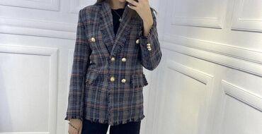 Продаю пиджак очень красивый  производно Турция  Размер М  Просилось