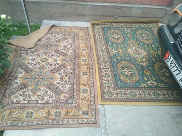 Продаю ковры качестве хороший 2 штук размер 1.5 /2.3