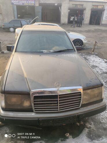 mercedes t1 в Кыргызстан: Mercedes-Benz W124 2.3 л. 1991