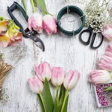 """Требуются флористы на торжественный магазин""""Мания"""" в Бишкек"""