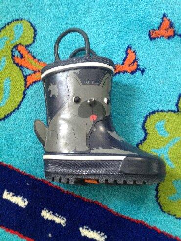 детские термо сапоги в Азербайджан: Сапоги на меху привозные.В хорошем состоянии,мало носили