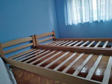 Kuća i bašta | Indija: Dva kreveta kao nova velicine 90x200 sa dva duseka ocuvana. Cena 16000