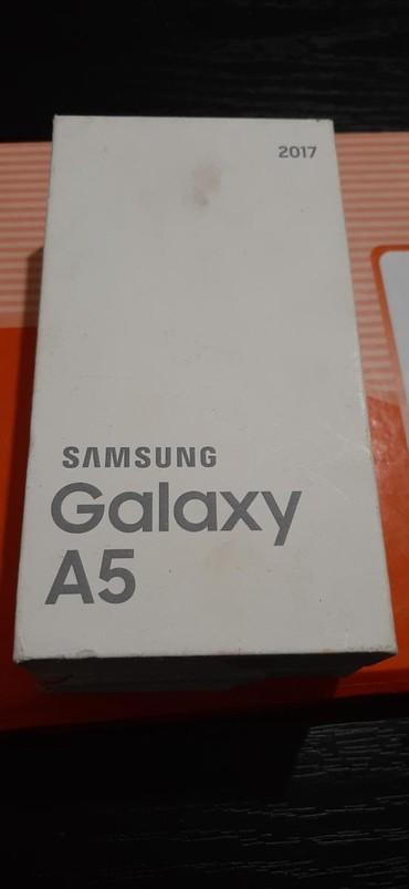 Mobilni telefoni - Borca: Upotrebljen Samsung A500 crno