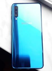 Samsung Şamaxıda: İşlənmiş Samsung A70 64 GB göy