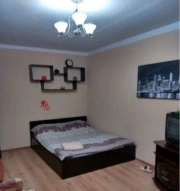 1и 2 ком квартиры люкс посуточно в самом центре города в Бишкек
