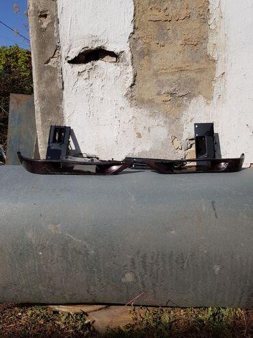 microsoft 540 в Кыргызстан: Продаю клыки от переднего бампера  Оригинал  От BMW E34 540 От БМВ Е34