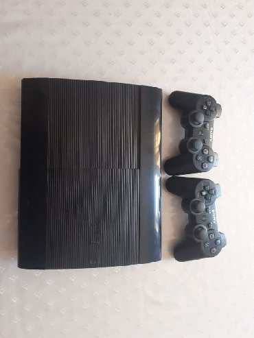 Playstation 3 Super Slim-500gb. Problemi yoxdu. Donmasi yoxdu. Qizmasi