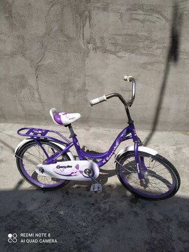 Велосипед как новый им не пользовалисьв комплект входит
