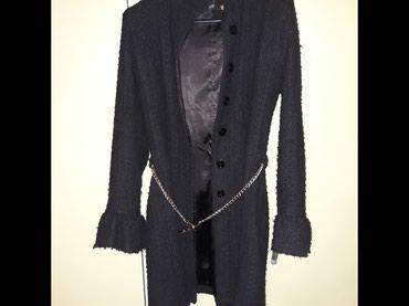 Crni kaput do kolena,zanimljivog kroja,ocuvan,velicina XL. - Uzice