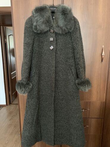 Продаю пальто ( размер 48-50) в очень хорошем состоянии