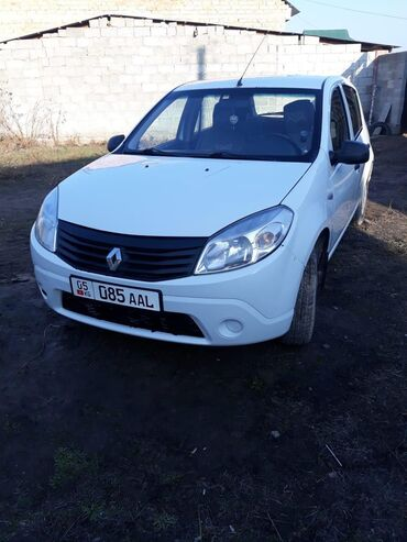 Renault Sandero 1.4 л. 2014 | 179000 км