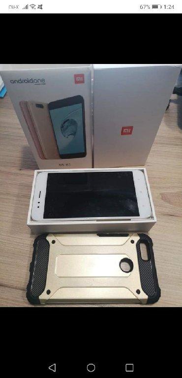 Μεταχειρισμένο Xiaomi Mi A1 64 GB χρυσός