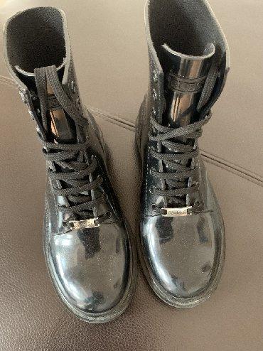 Guess čizme original bez ostecenja