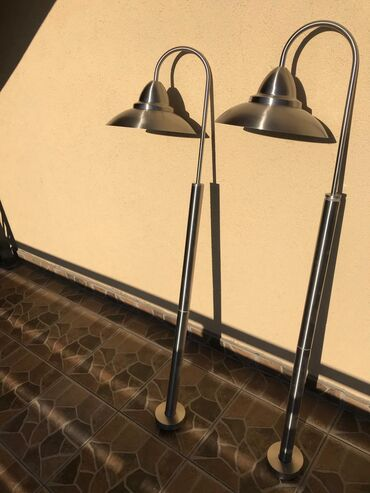 Visoke lampe za dvoriste  Visina 1200mm  Za vise informacije pozovite