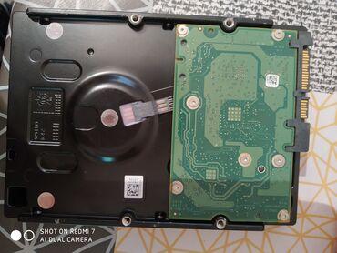 xarici sert disk - Azərbaycan: 2 eded sert disk.Sadece taxilib komputere cixarilib.1 tb -60, 2 tb-