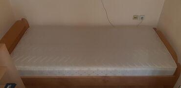 Kreveti | Srbija: Gotovo nov krevet sa novim dusekom velicine 200×90cm, bez ikakvih