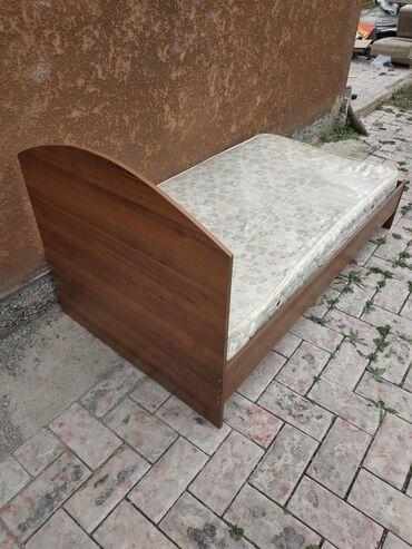Односпальные кровати - Кыргызстан: Продается односпальная кровать бу