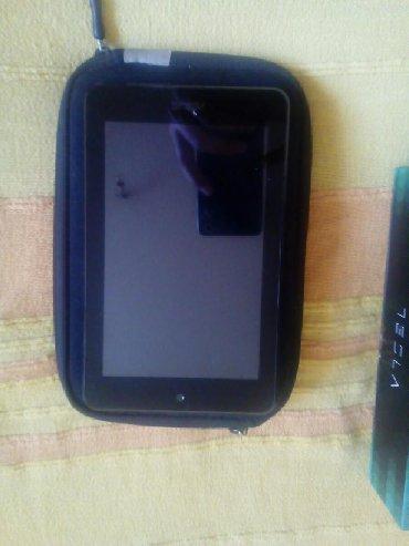 Asus p835 - Srbija: Asus tablet,ne radi donji deo tuch-a
