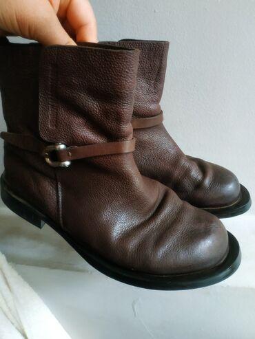Полусапожки (ботинки) полностью кожа, очень удобные, модные. Размер