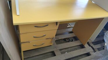 Ofis masasi 120 × 60 st 120 azn yeni mehsul seher daxili catdirlma