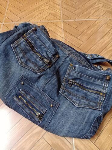 сумка жен в Кыргызстан: Продаю джинсовую сумку женскую, очень вместительная