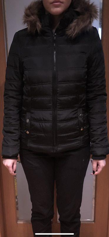 Jakna krzno - Sabac: Nova zimska/jesenja jaknica. Nenosena sa etiketom. Ima krzno na