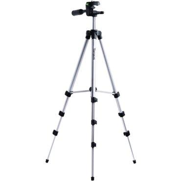 Bakı şəhərində kamera tutacagi. 130 sm hundurluyunde stativ tripod.  istifadecinin di