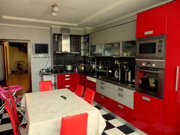 Продается квартира: 6 комнат, 320 кв. м