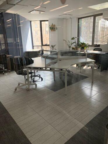Оборудование для бизнеса в Бишкек: Офисный стол на три места, Трёхместный островок для офиса, в салоны