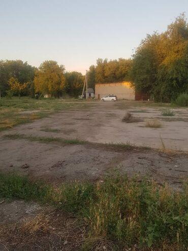 Недвижимость - Пригородное: Продаётся база. Отличное место для выращивания скота и т.д. Имеется