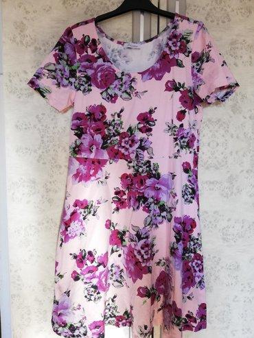 Nova haljina, cvetna puna elastina. Veličina 42