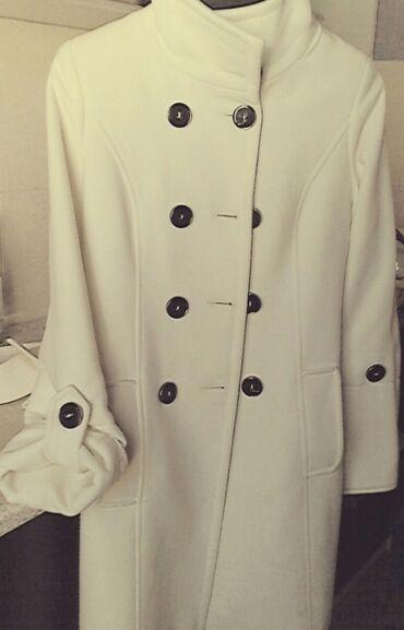 Palto satilir. Brend mağazadan çox baha qiymete almişam. Razmer 36