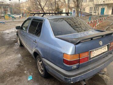 уаз продажа в Кыргызстан: Volkswagen Vento 1.8 л. 1992 | 300000 км