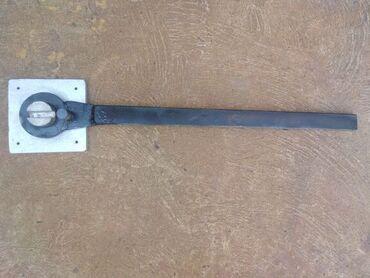 Strug za metal - Srbija: Alat za savijanje armature do 12 mm,konstruktivno jaka, osnovna ploča